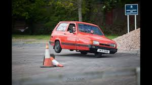 What happens when a Reliant Robin (3 wheeler) does an Auto Test - YouTube