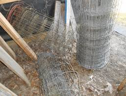 Upcycle Wire Fencing For Outdoor Christmas Lights Diy Inspired