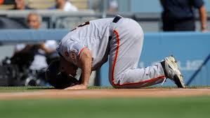 Giants place Nori Aoki on 15-day disabled list with broken leg