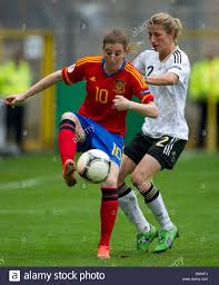 Spain's Adriana Martin (L) and Germany's Bianca Schmidt vie for ...