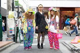colorful decora fashion vs dark look w
