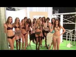 Keeley Hazell behind the scenes at her Lynx video - video dailymotion