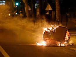 Violence flares in tense Paris suburbs ...