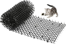 Amazon Com One Sight Scat Mat With Spikes For Cats Dog Digging Deterrent Outdoor Mats For Garden And Fence Cats Stopper Network Garden Outdoor