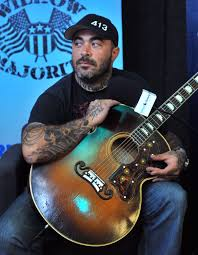 Aaron Lewis On Messing Up National Anthem: 'I'm Completely Torn Up ...