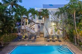 book the southernmost inn s only