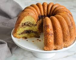 sour cream coffee cake with cinnamon
