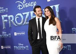 Aaron Lohr, Idina Menzel at Frozen 2: World Premiere / id ...
