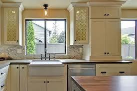 kitchen cabinet s and pulls