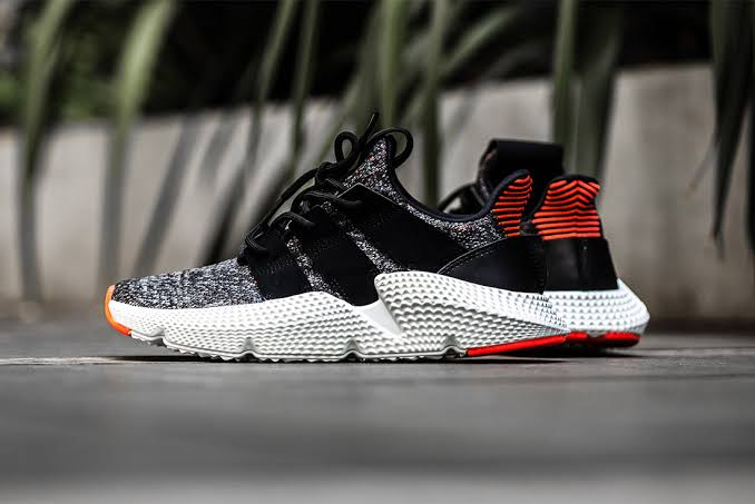 4-sneakers-adidas-berdesign-unik-paling-keren-versi-ane