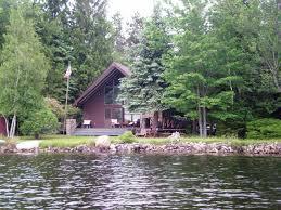 lakefront homes in the poconos