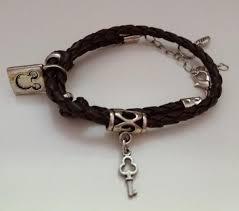 round bracelet with charm pandora