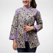 Untuk model atasan batik terbaru anda bisa menggunakan model rompi batik dengan baju dalam polosan. Model Baju Atasan Batik Wanita Kantor Model Baju Wanita Wanita Model Pakaian