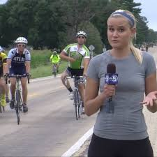 Iowa TV reporter strikes back at photobombers and a troll