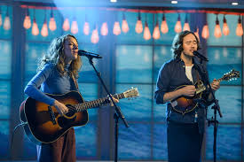 Interview with Mandolin Orange | The Current
