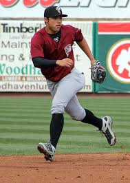 L.J. Mazzilli to his right | NJ Baseball | Flickr
