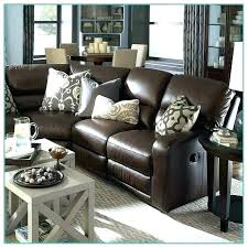 accent pillows for brown couch
