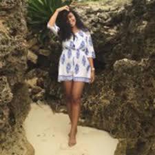 Aila Rhea Smith – Medium