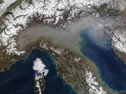 Immagini satellitari: la Pianura Padana è tra le zone più ...