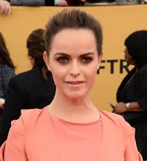 Taryn Manning denies she's related to Eli and Peyton Manning - UPI.com