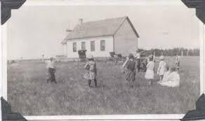 ANDERSON, Effie – Donavon Schools History – Saskatchewan History Album