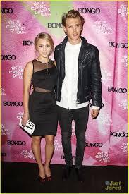 AnnaSophia Robb & Austin Butler: 'Carrie Diaries' Premiere Party ...