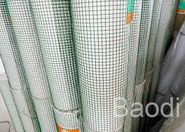 Square Grid Green Garden Fencing Roll Pvc Coated Chicken Wire Fence 30 M Length