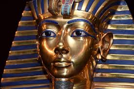 Archaeologists Just Found A Hidden Tunnel In King Tut's Tomb ...
