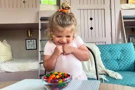 Thomas Rhett, Lauren Akins' Daughter Ada James Aces the Candy Challenge -  Nifey