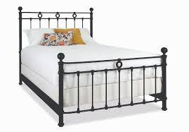 Latif Iron Bed by Wesley Allen Long Island | Sleepworks
