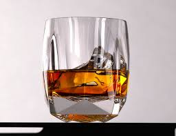 the best whiskey glasses to pair with