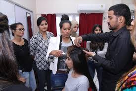 makeup training courses insute