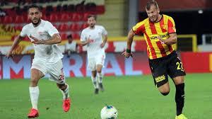 Göztepe, Sivasspor'un Şampiyonlar Ligi umudunu yıktı