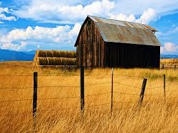 barn wallpaper