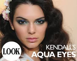 kendall jenner s blue smokey eye