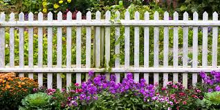 Compare Cost Of Wooden Picket Fencing 2020 Costimates Com