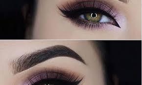 natural looking makeup for green eyes