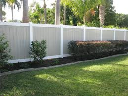 Two Toned Pvc Tan And White Fence Design Mossy Oak Fence Company Orlando Melbourne Fl Fence Design White Fence Fence Decor