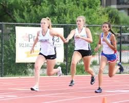 Vandegrift relay team at the 25-6A meet   Hill Country News