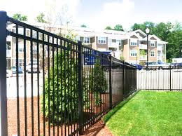 Steel And Chain Link Fencing Fence Solutions Inc