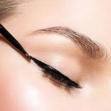 best eyeliner hacks for every eye shape