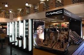 how to get a job at mac makeup counter