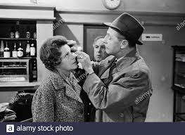 Letter Encounter (Twoesprong) for vPro television October 31. Myra Ward  with her opponent Paul van Steenbergen/Date: 30 October 1963 Stock Photo -  Alamy