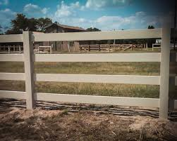 4 Or 3 Rail Ranch White Vinyl Fence Vinyl Horse Fencing Fence Supply Online