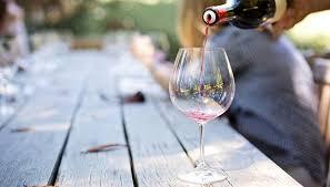 why varietal specific wine glasses make
