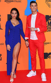 Cristiano Ronaldo and Girlfriend Look Electrifying at 2019 MTV ...