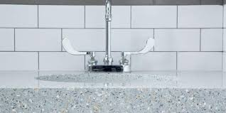 icestone recycled glass caragreen