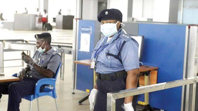 Airport worker returns Ondo accountant-general's iPhones, N300,000