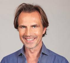 Antonio Zequila choc al Gf Vip: «Leghiamo Patrick a un palo e ...