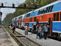 V dopravě dál ubývají cestující, ČD zruší několik spojů   Dopravní noviny
